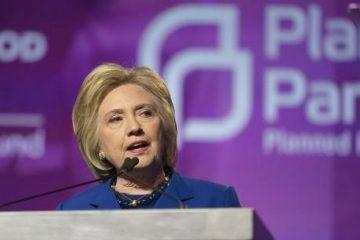 Hillary-Clinton-at-Planned-Parenthood-Photo-by-Lorie-Shaull-460x306